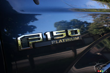 Ford F-150 Platinum 2020, écusson