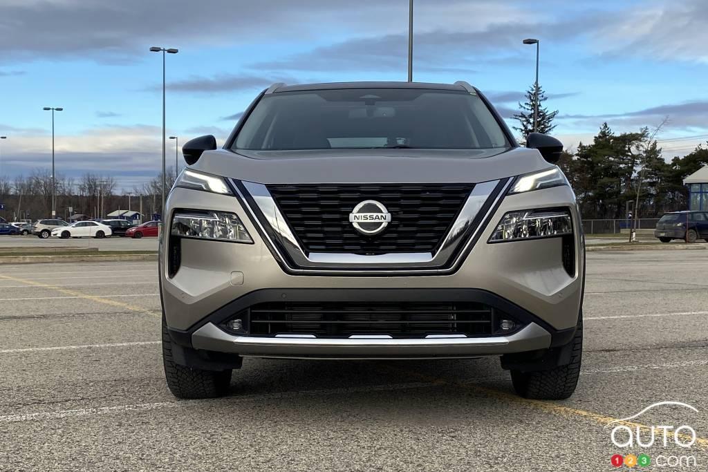 Nissan Rogue Platinum 2021, avant