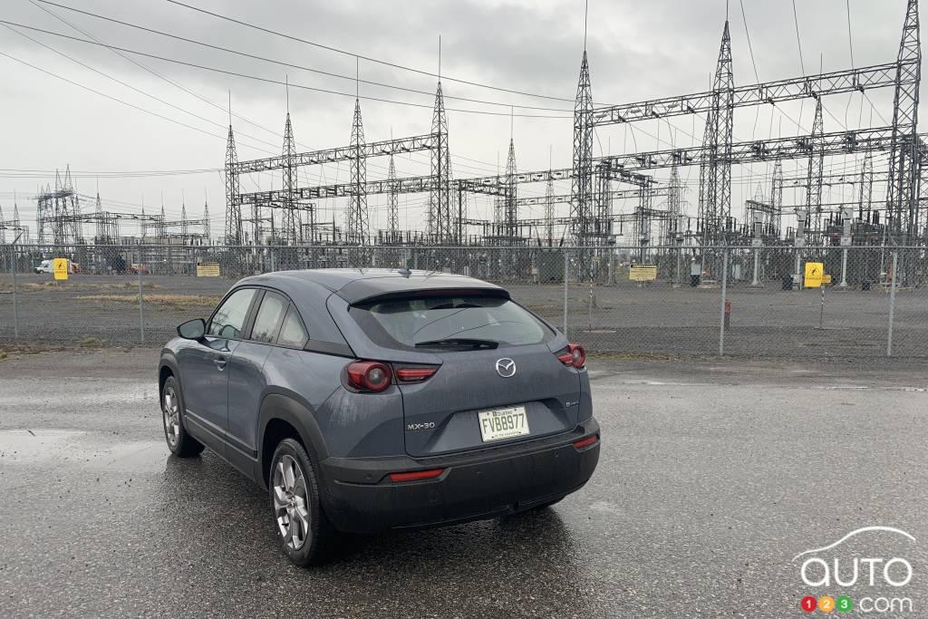 Mazda MX-30 2022, arrière