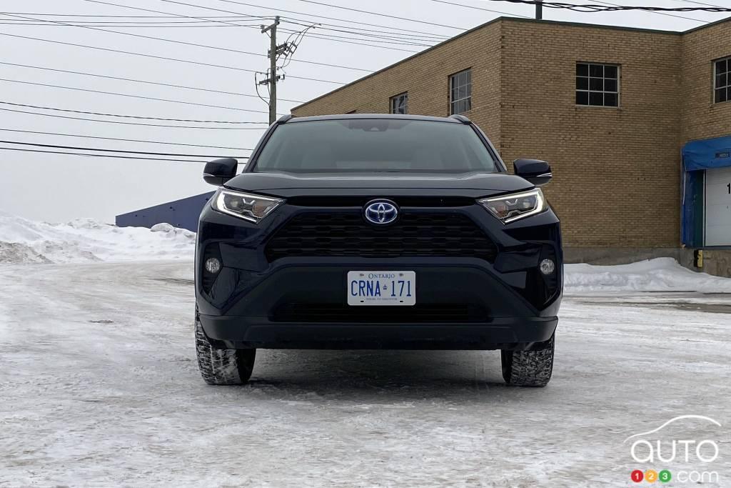 Toyota RAV4 hybride 2021, avant