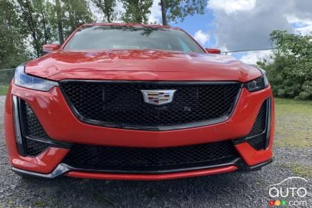 2020 Cadillac CT5-V, front