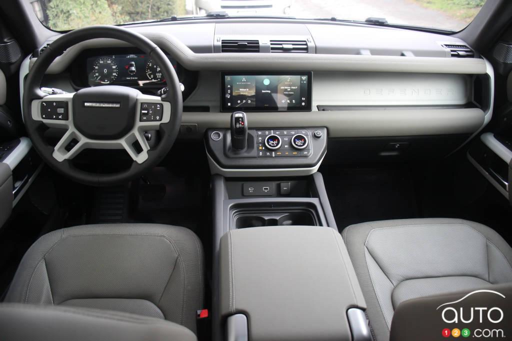Land Rover Defender 2021, intérieur