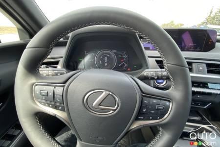 2021 Lexus UX 250h, steering wheel