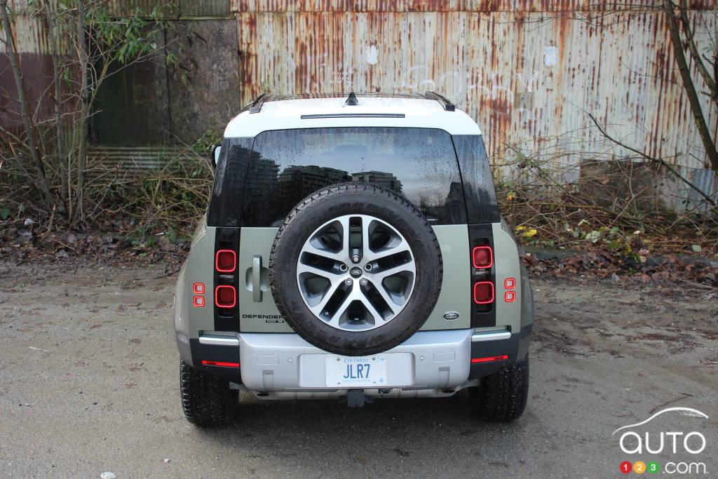 Land Rover Defender 2021, arrière