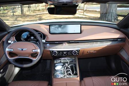 2021 Genesis G80, interior