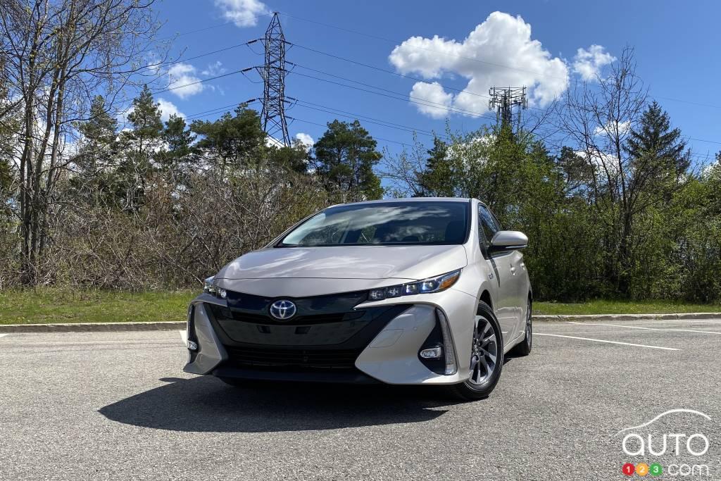 Toyota Prius Prime 2021, avant