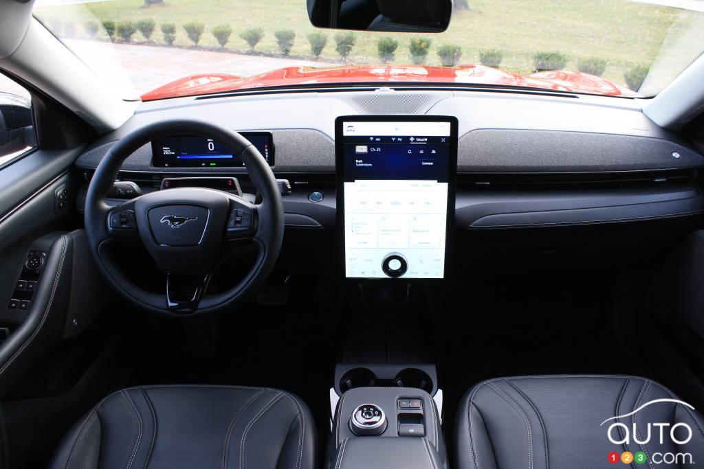 Ford Mustang Mach-E, intérieur