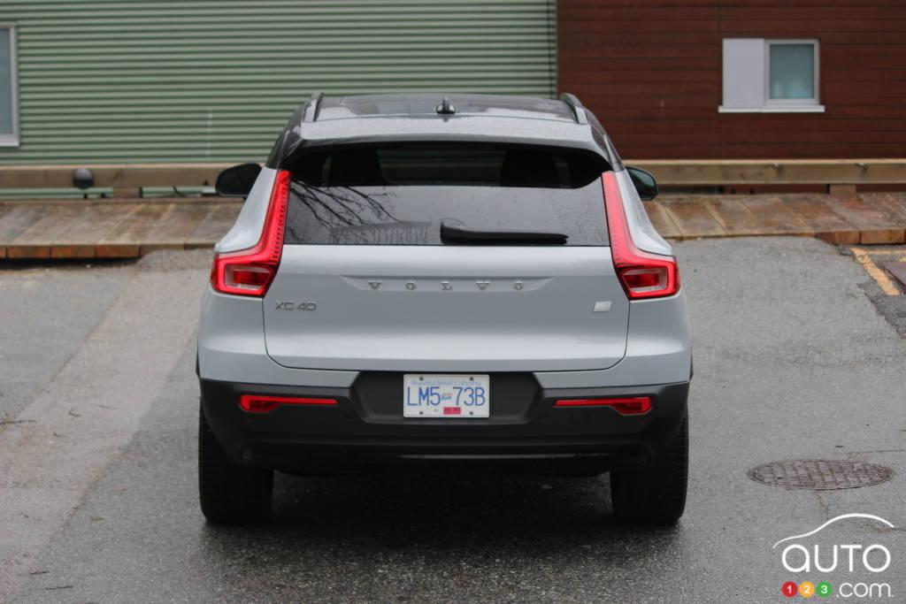 Volvo XC40 Recharge 2021, arrière