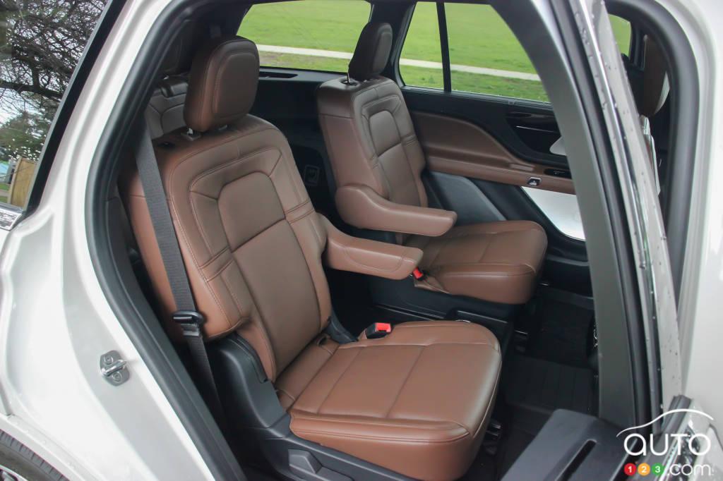 Lincoln Aviator Grand Touring PHEV 2021, sièges de 2e rangée