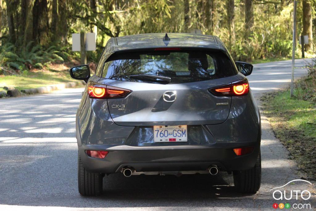 Mazda CX-3 2021, arrière