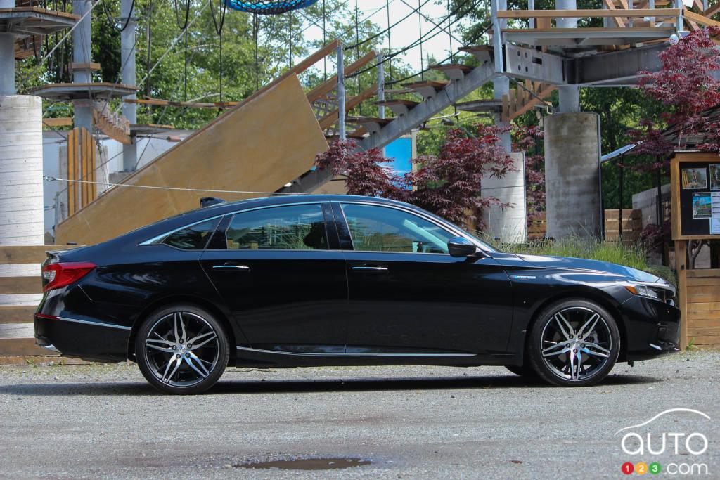 Honda Accord hybride 2021, profil