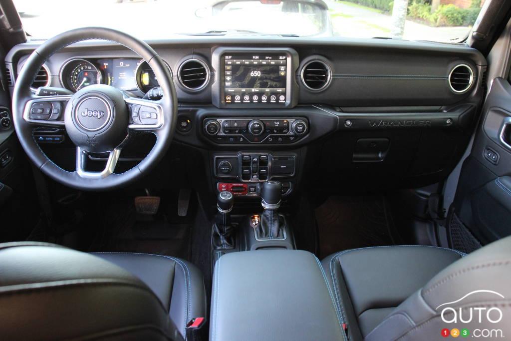 Jeep Wrangler 4xe 2021, intérieur