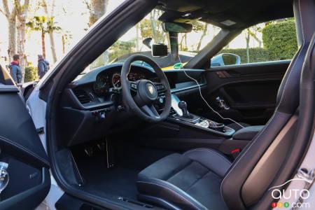 2020 BMW M4 Cabriolet, front