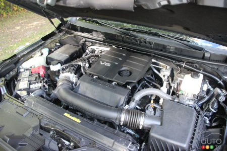 2022 Nissan Frontier, engine