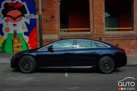 Mercedes- EQ EQS 580 4Matic 2022, Perfil