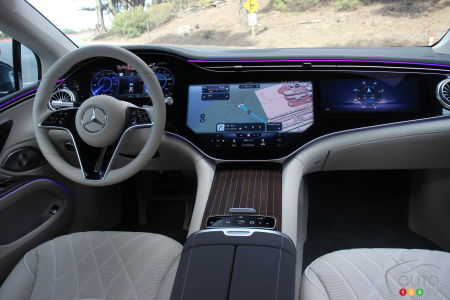 Mercedes-Benz EQ EQS 580 4Matic 2022, interior
