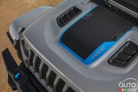2021 Jeep Wrangler 4xe, hood