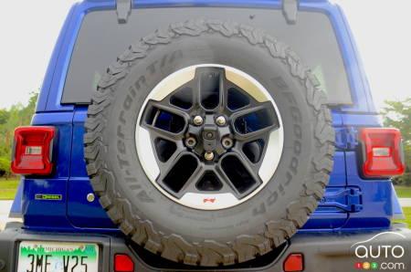 The 2020 Jeep Wrangler Diesel, back