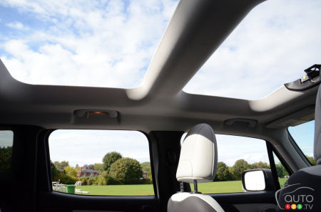 2020 Jeep Renegade, My Sky roof