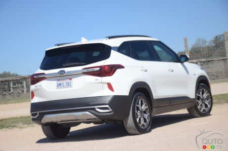 2021 Kia Seltos, three-quarters rear