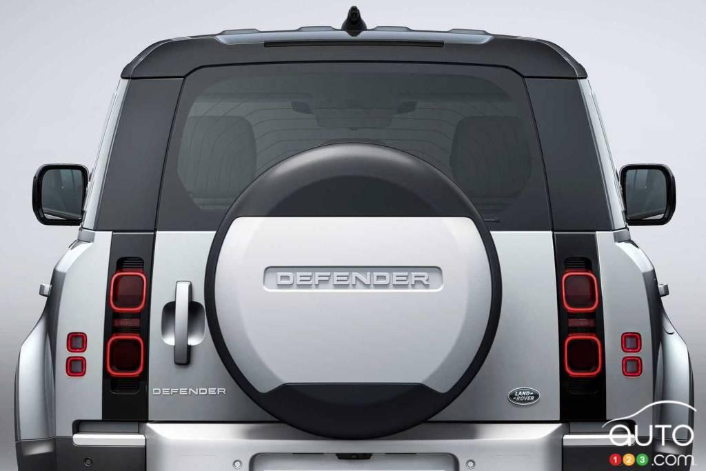 Land Rover Defender, arrière