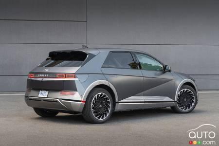 2022 Hyundai Ioniq 5, three-quarters rear