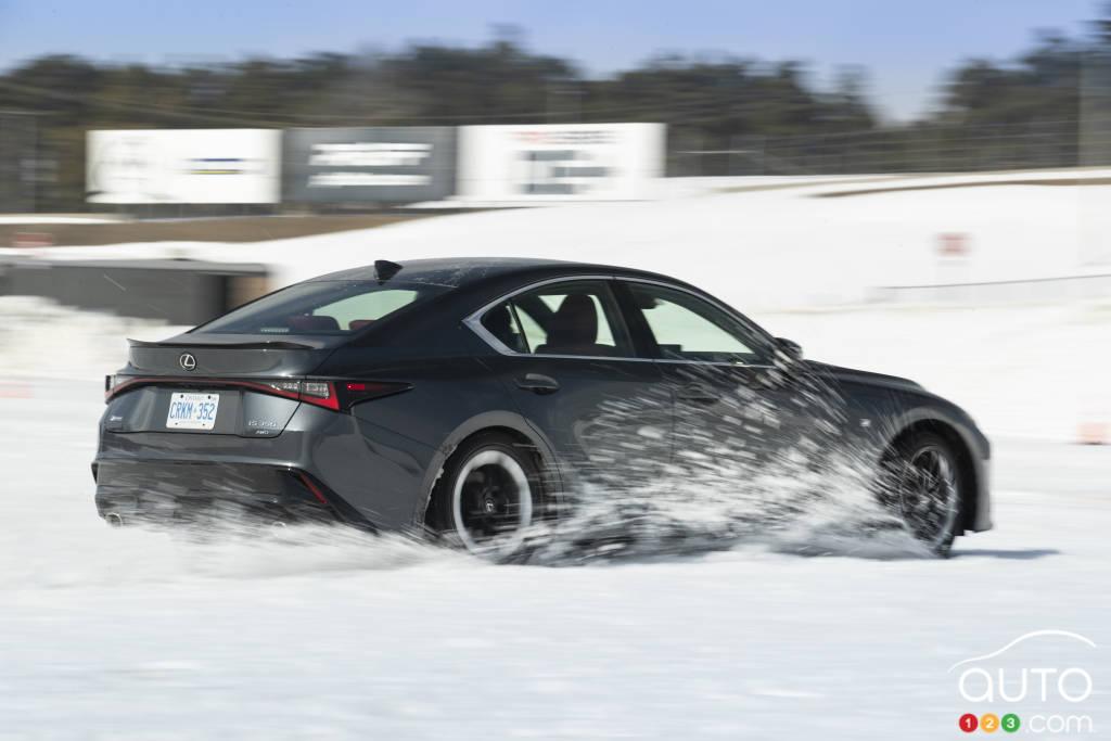Journée de conduite hivernale de Lexus
