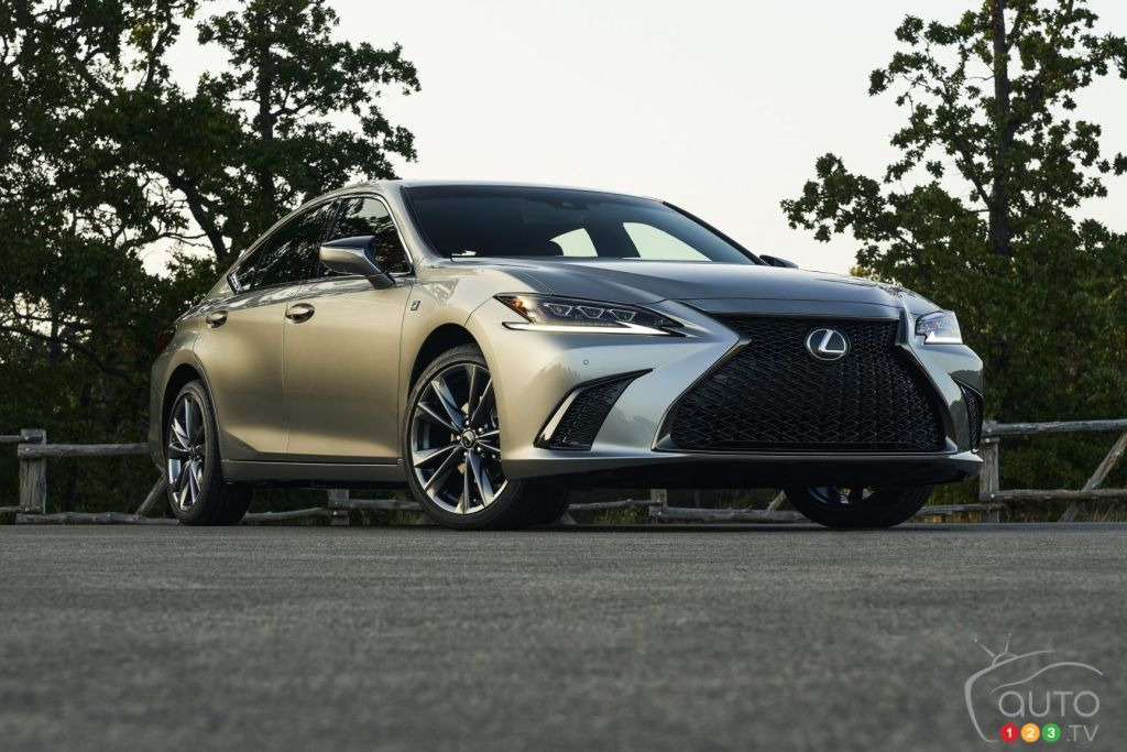 Lexus ES F-Sport 2021
