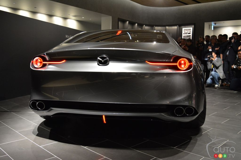 Car Pictures Review: Mazda 6 Vision Coupe 2020