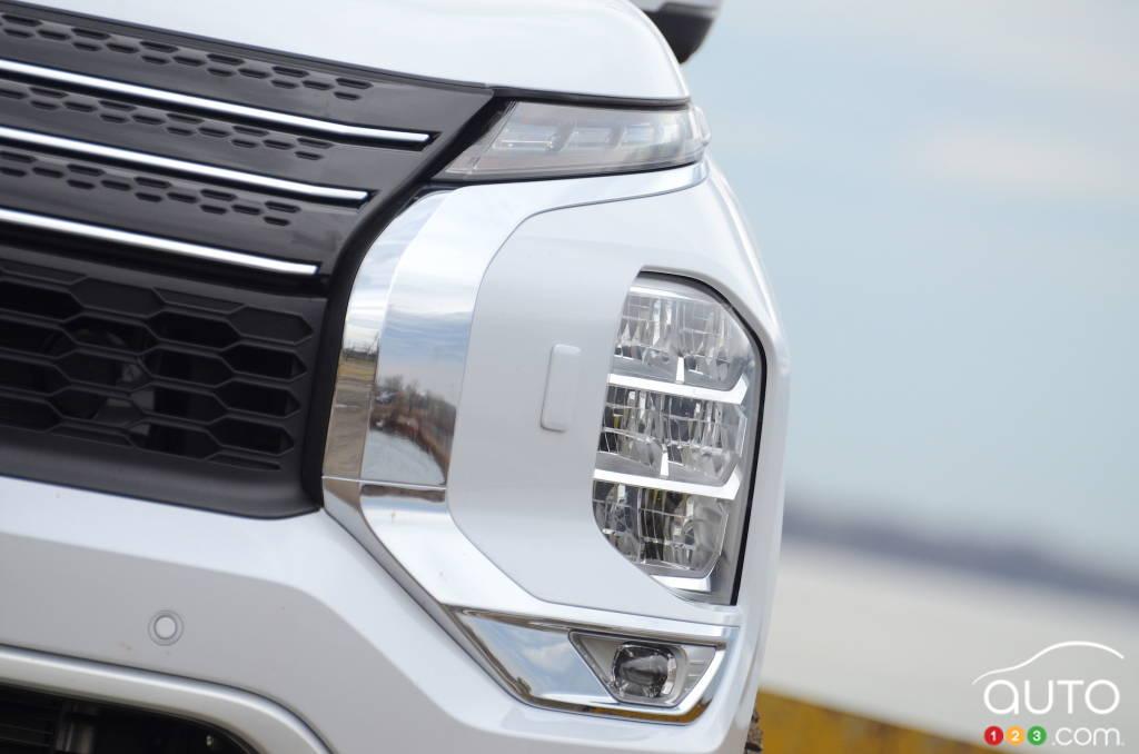 Mitsubishi Outlander 2022, phare
