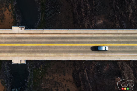 Volkswagen Taos, from above