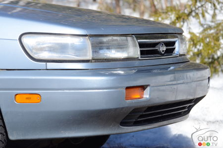 1992 Nissan Stanza, front profile