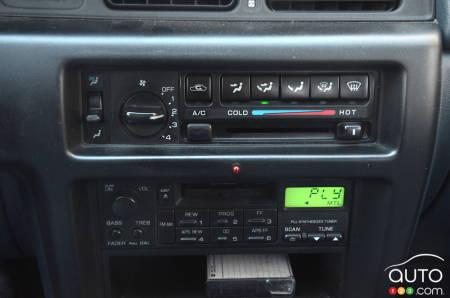 1992 Nissan Stanza, cassette  deck!