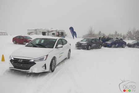 The few FWD cars that were used for the comparative tests of the new X-Ice Snow at Mécaglisse.