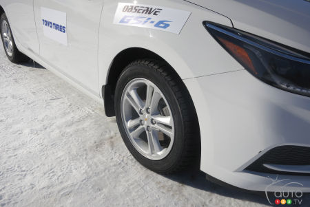 The Toyo Observe GSi-6 on the Chevrolet Cruze.