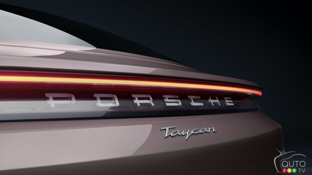 Porsche Taycan 2021 à propulsion, écusson