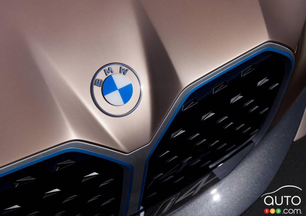 Prototype BMW i4, écusson, calandre