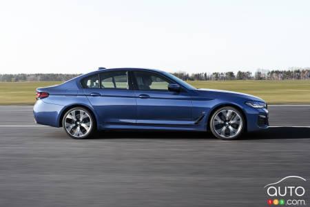 2021 BMW 5 Series, profile