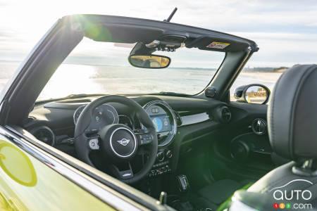 2021 Mini Cooper Convertible, interior