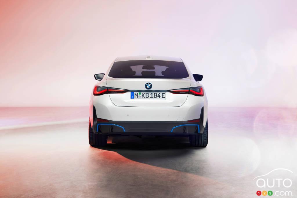 BMW i4, arrière