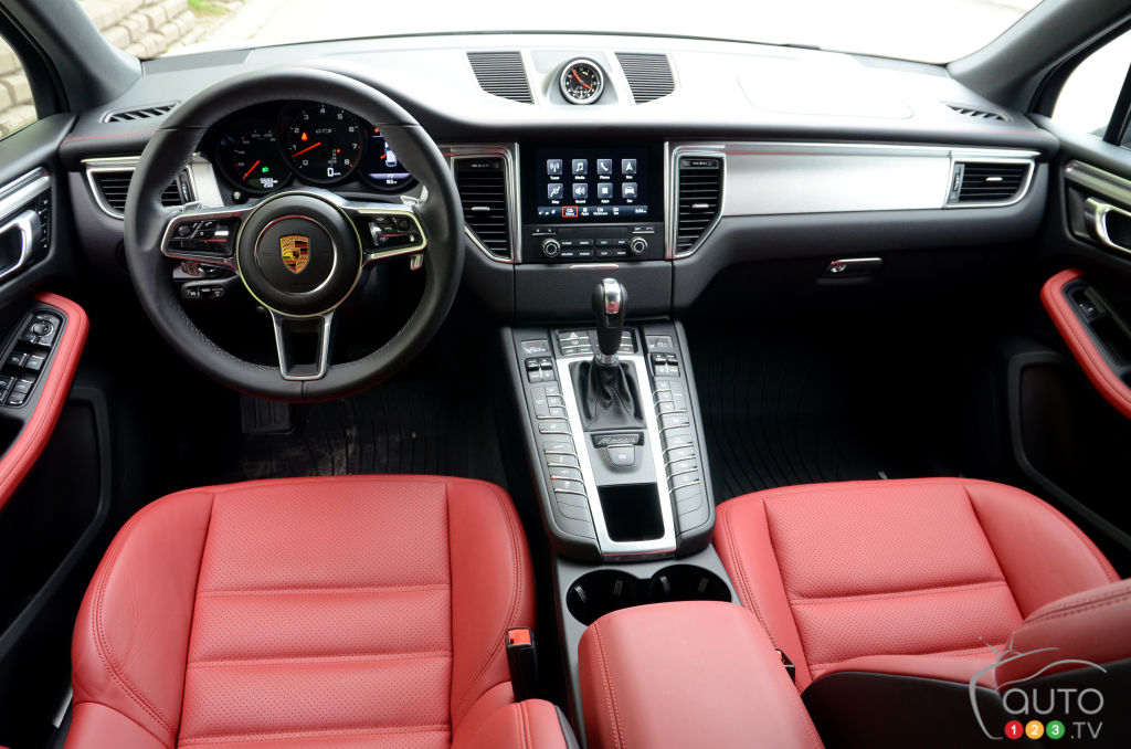Review Of The 2018 Porsche Macan Gts Car Reviews Auto123