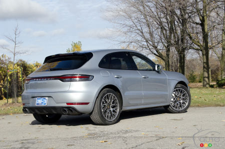 2020 Porsche Macan Turbo, three-quarters rear