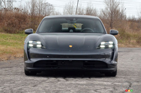 2020 Porsche Taycan 4S, front end (up close)