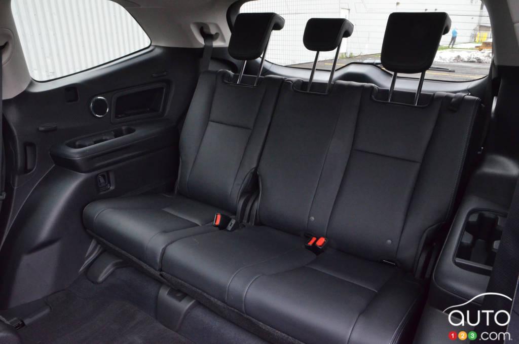 2021 Subaru Ascent Review Car Reviews Auto123