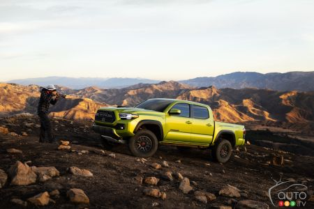 2022 Toyota Tacoma TRD Pro, three-quarters front