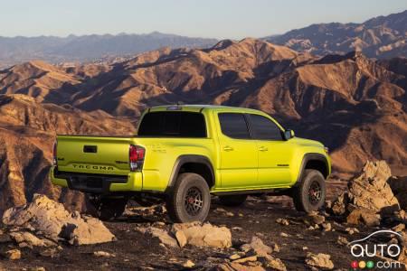 2022 Toyota Tacoma TRD Pro, three-quarters rear