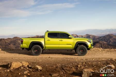2022 Toyota Tacoma TRD Pro, profile