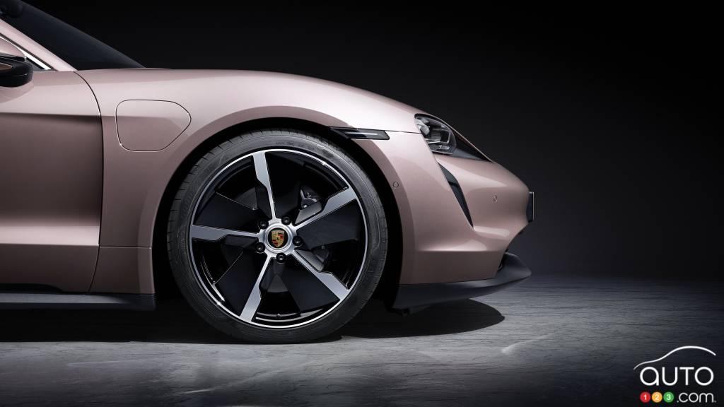 Porsche Taycan 2021 à propulsion, roue avant