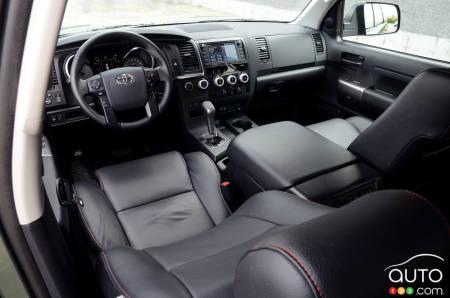 Toyota Sequoia TRD Pro 2020, intérieur
