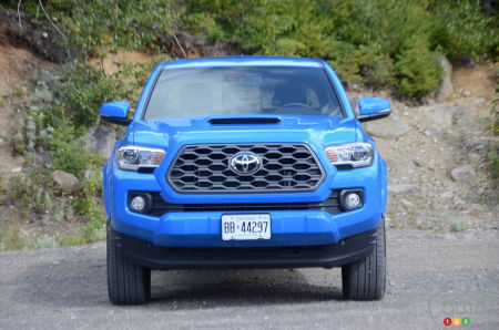 2020 Toyota Tacoma TRD Sport, front